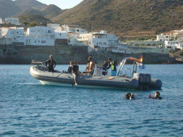 Barco Alpha Buceo